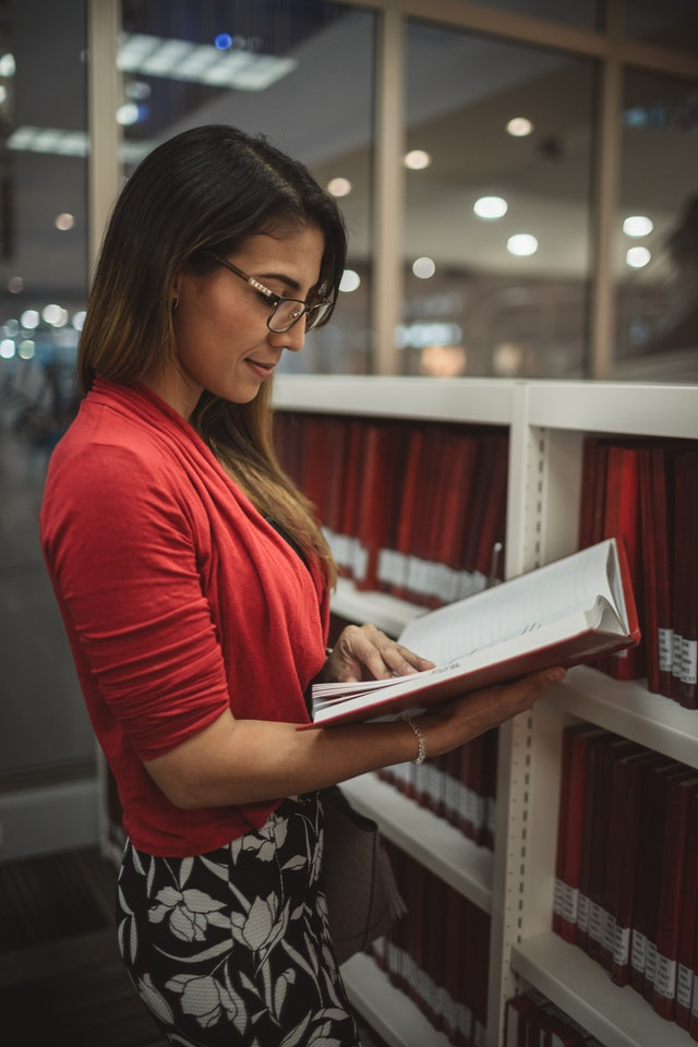 books-bookstore-college-2078018